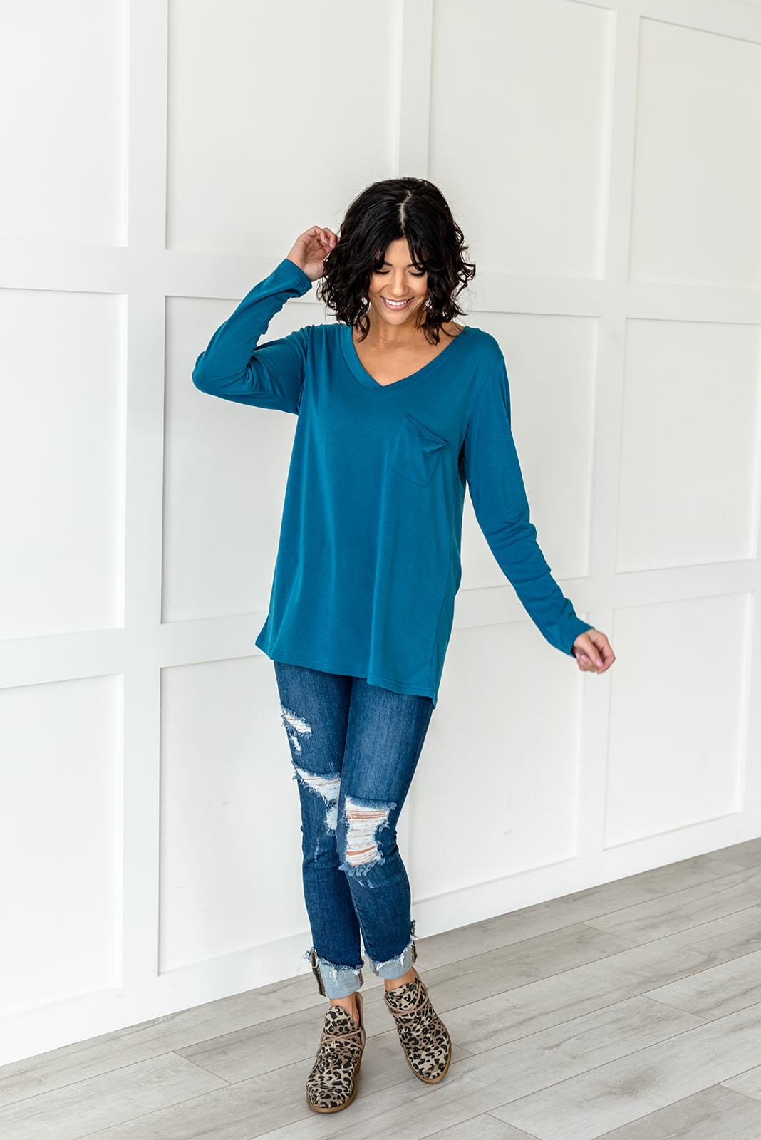 Simpler Times Slouchy Pocket Tee, Clothing - Lola Cerina Boutique