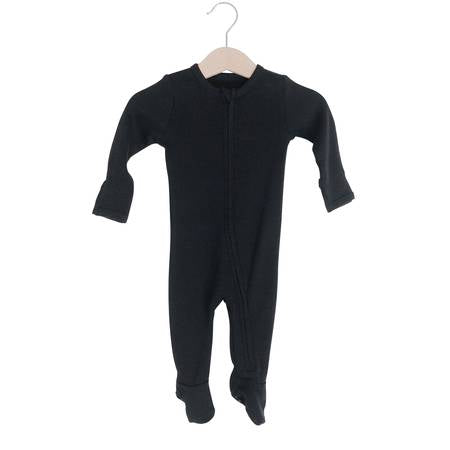 Organic Zip Footie - Black - Leo + Cullie