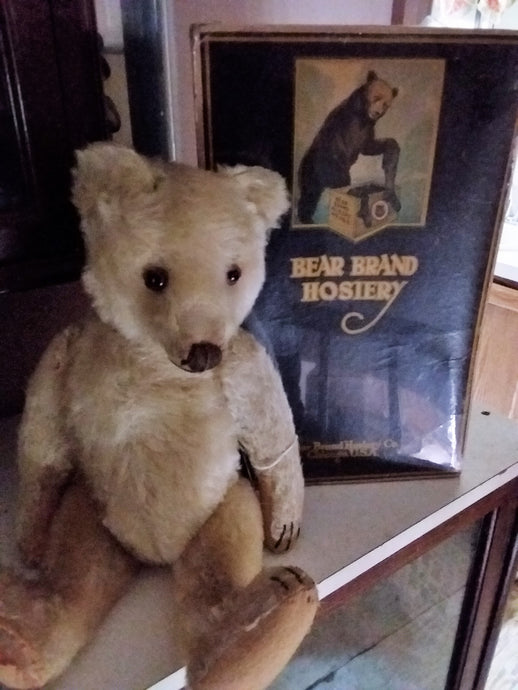 Old Advertising-Bear Brand Hosiery Box