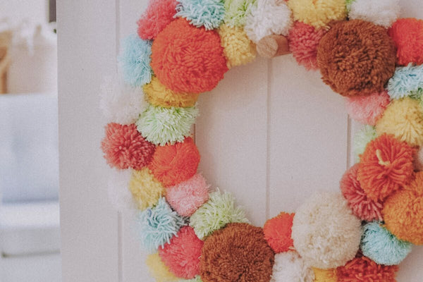 DIY | Pom Pom Wreath