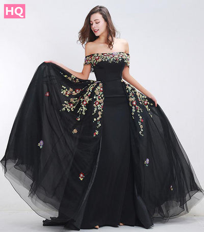 Finove Beading Prom Dresses 2018 New Styles Sexy Boat Neck A-Line Detachable Skirt