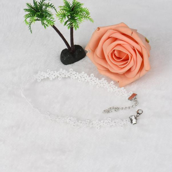 Chic Personality Leaves Necklace Lace Choker