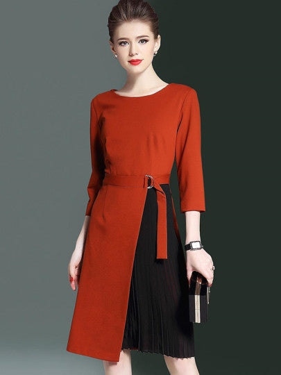Date Red Half Sleeve Buckled Women's Day Dress