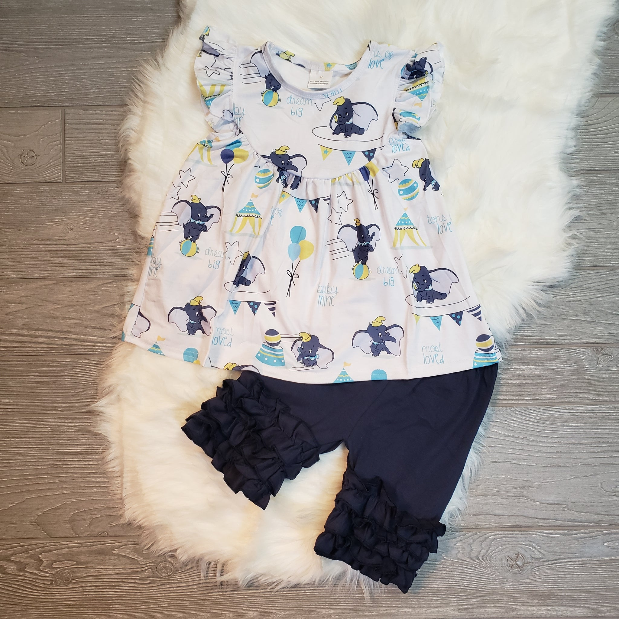 Dumbo Flutter Sleeve & Shorts Outfit - loopylousboutique