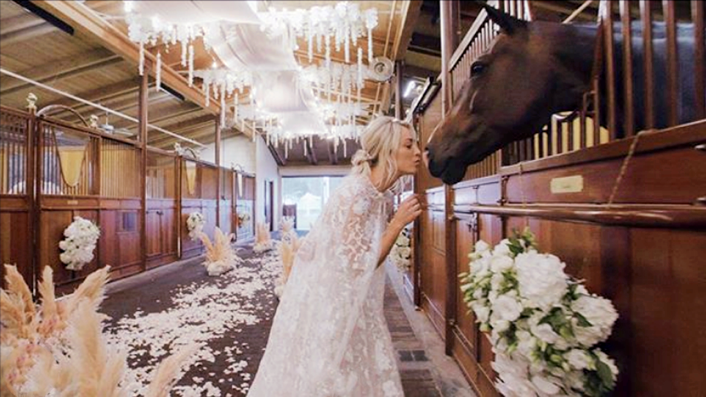 Kaley Cuoco And Karl Cook Had Everyone S Dream Equestrian Wedding This Noelle Floyd