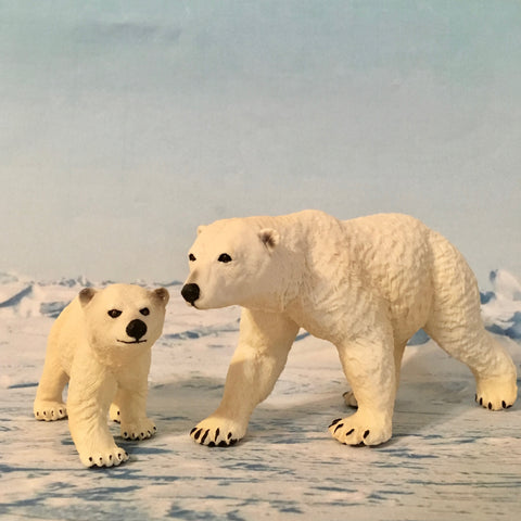 Polar Bear Family figurines