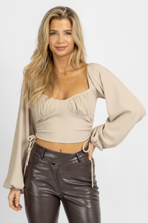 BEIGE RIBBED RUCHED SIDE TOP