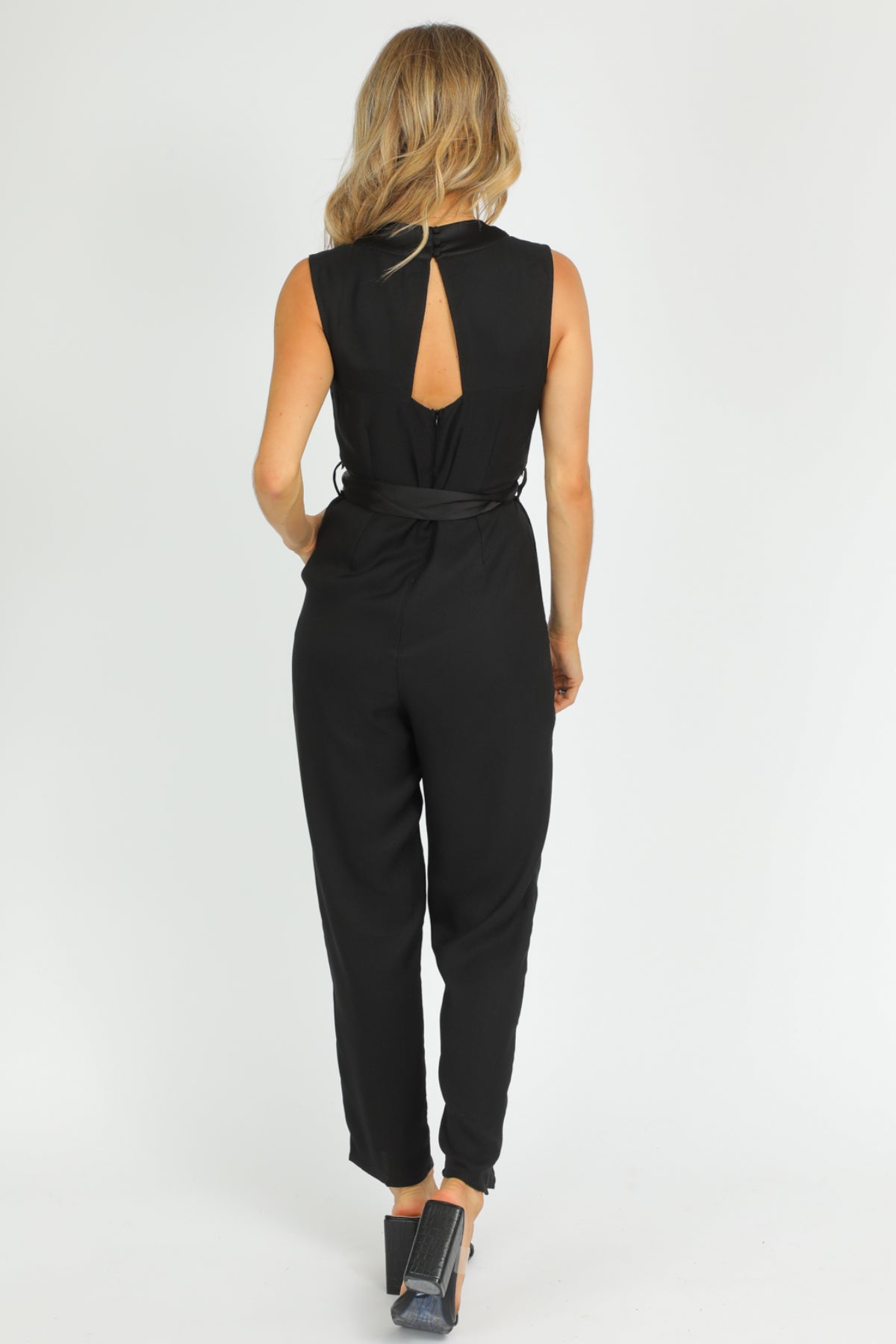 BLACK TAILORED JUMPSUIT