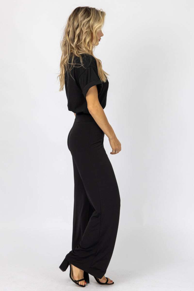 BLACK HIGH WAISTED FLARE PANTS