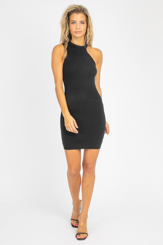 BLACK LAYERED SCOOP NECK MIDI