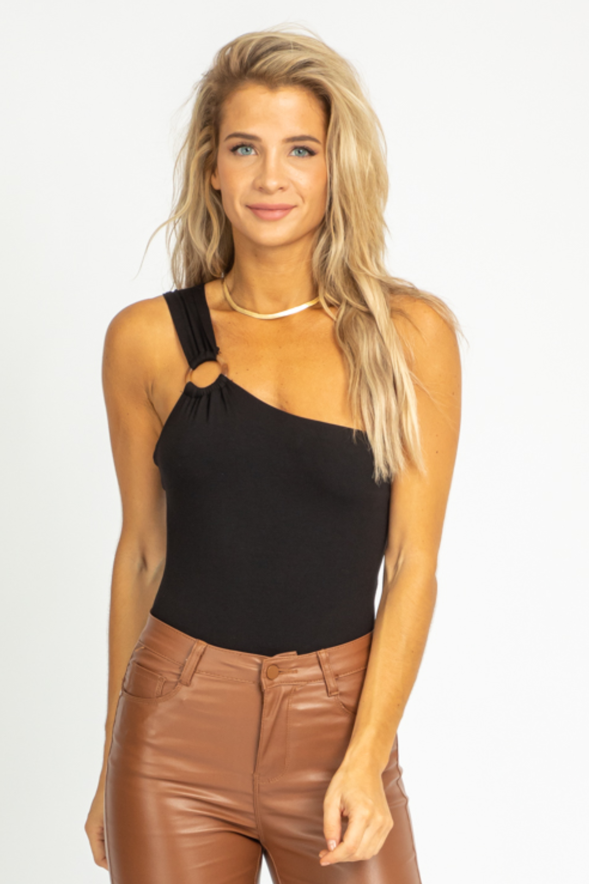 BLACK O-RING STRAP BODYSUIT