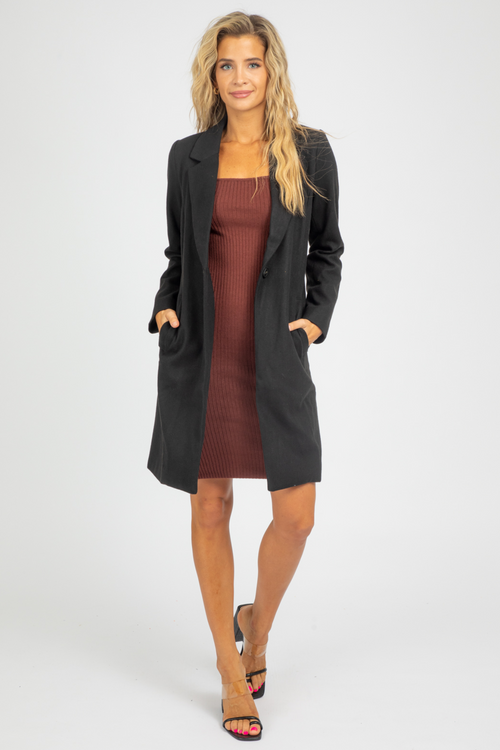 BLACK SINGLE BUTTON COAT