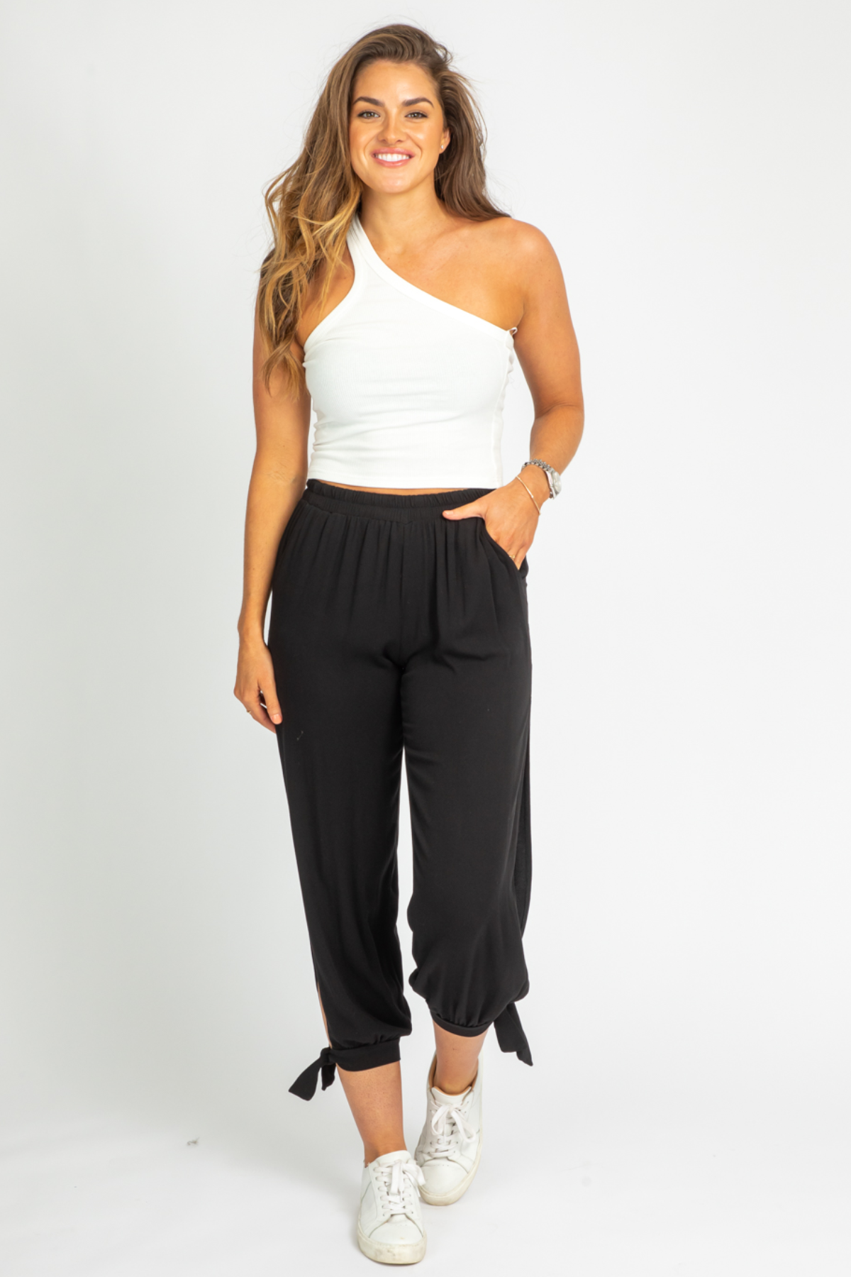 BLACK ANKLE TIE PANTS