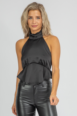 BLACK V-NECK RIBBED CROP
