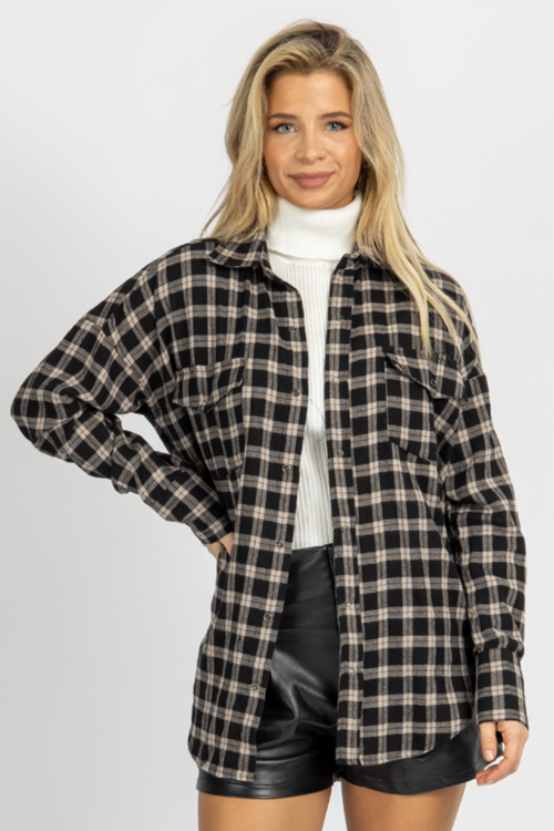 BLACK PLAID RELAXED BUTTONDOWN