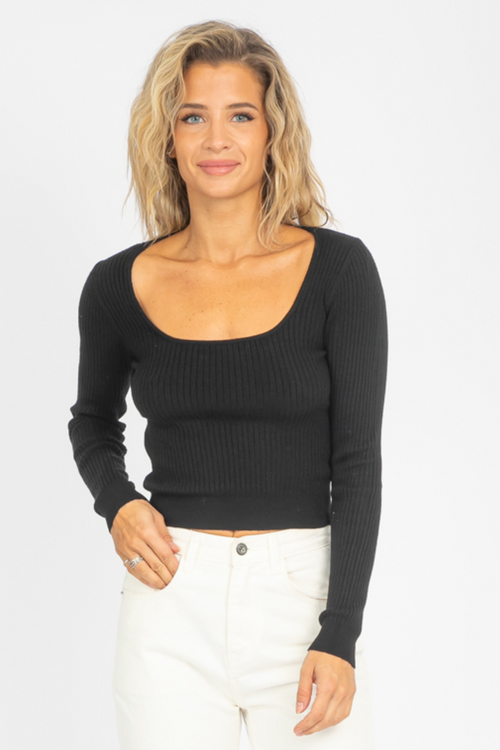 KNIT SQUARE NECK CROP IN BLACK