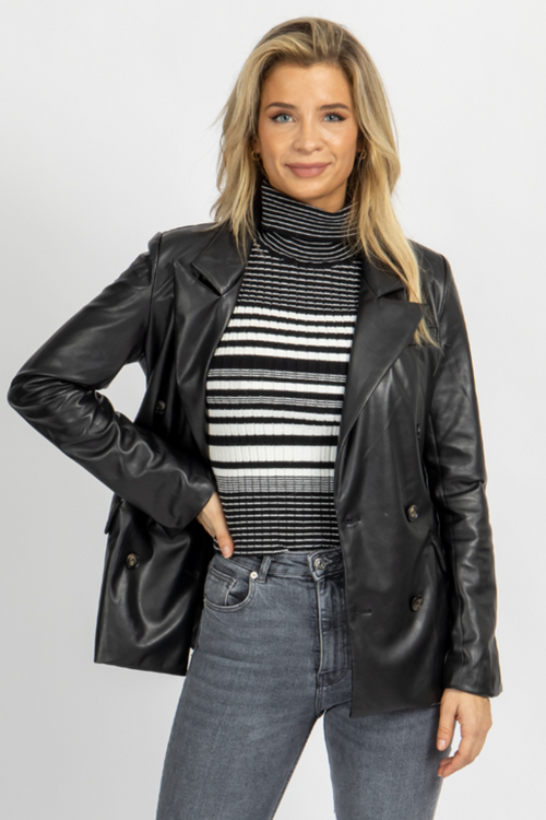 BLACK VEGAN LEATHER BLAZER