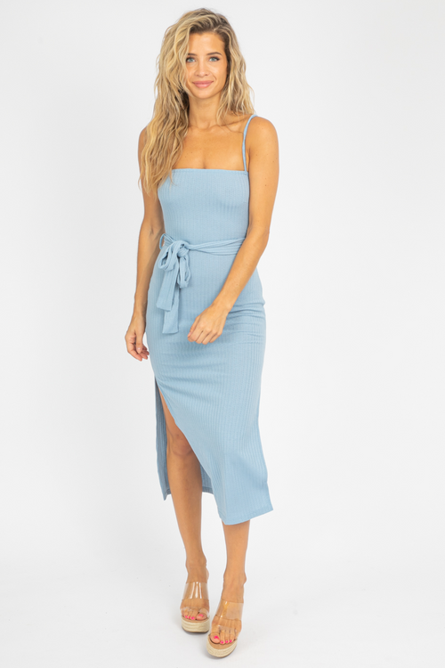 SIDE SLIT KNIT MIDI IN BLUE