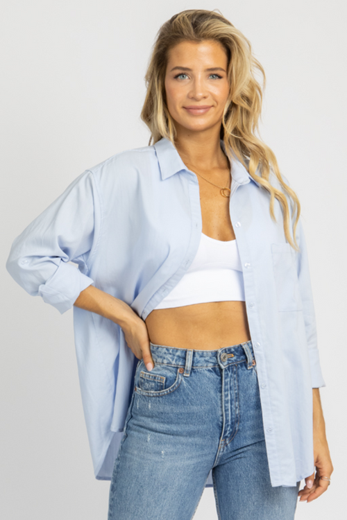 LIGHT BLUE LINENLIKE COLLARED TOP