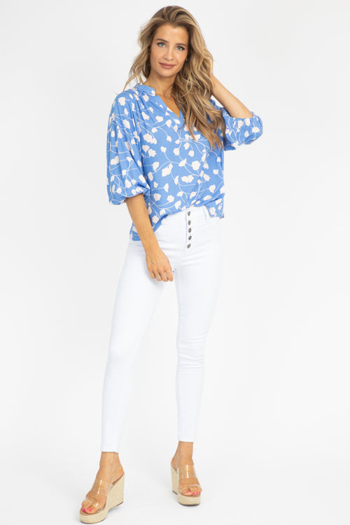 BLUE + CREAM QUARTER SLEEVE BLOUSE