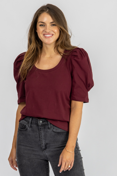 BURGUNDY U-NECK PLEATED PUFF TOP