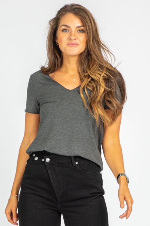 CHARCOAL EVERYDAY TEE