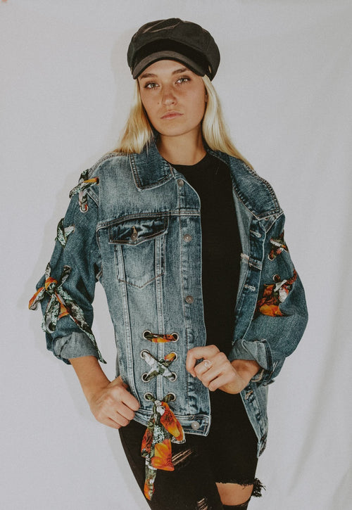 FLOWER LACED DENIM JACKET