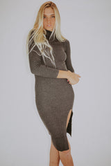 TIGHT LIKE THAT RIBBED MIDI DRESS