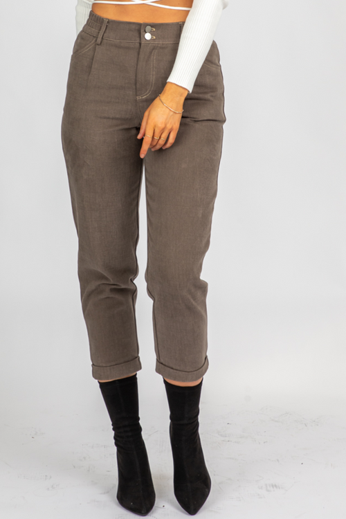 DUSTY BROWN PLEATED PANTS