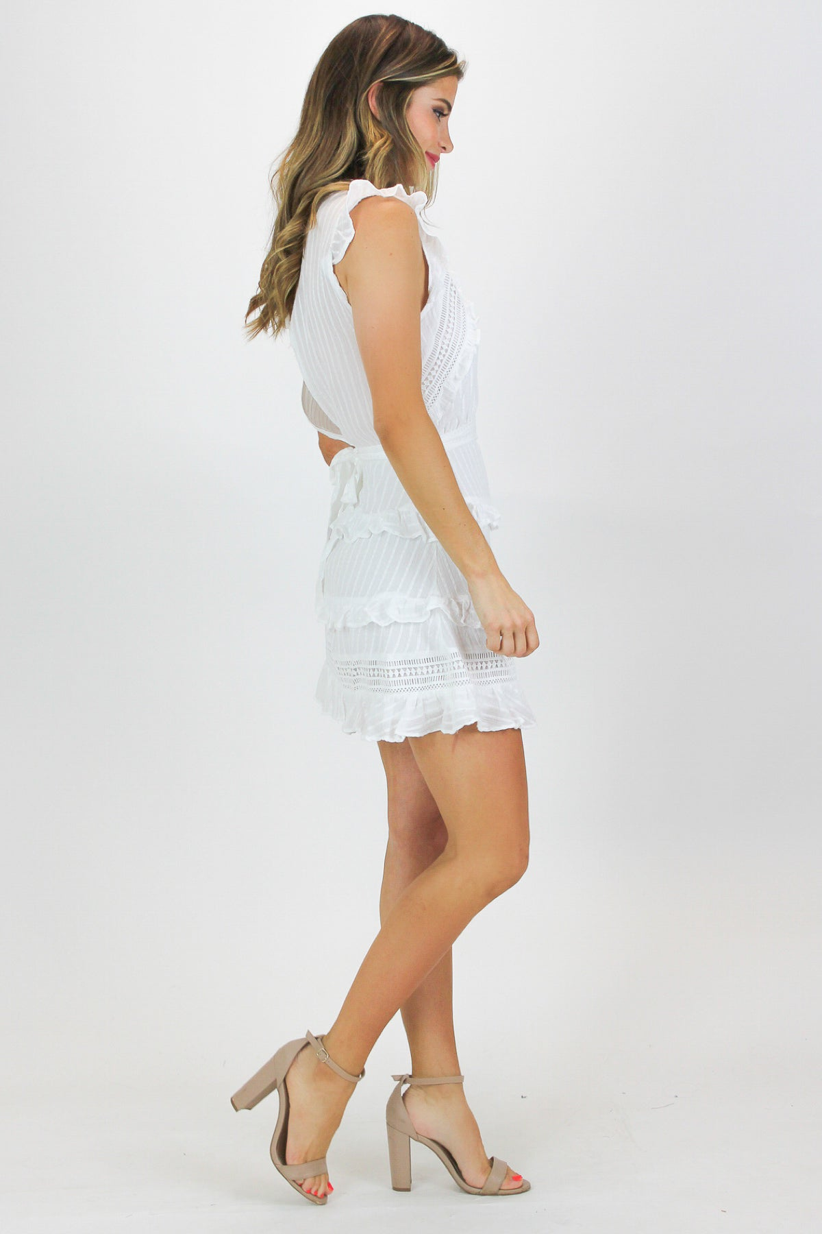 RUFFLED TRIM SHIFT DRESS