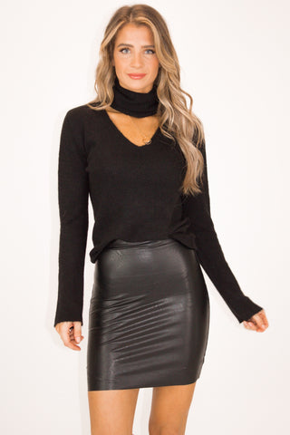 BLACK SHIMMER PUFF SLEEVE BODYSUIT