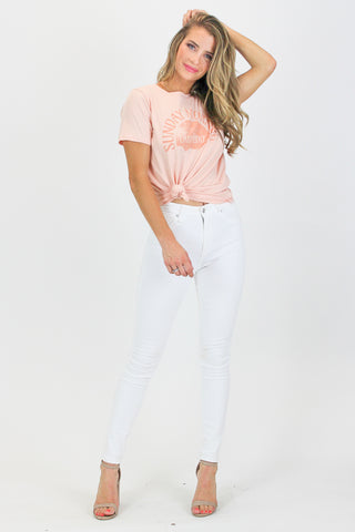DISTRESSED TEE IN WHITE