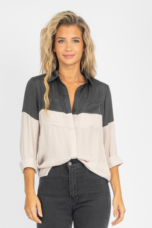 GRAPHITE COLOR BLOCK BUTTON DOWN