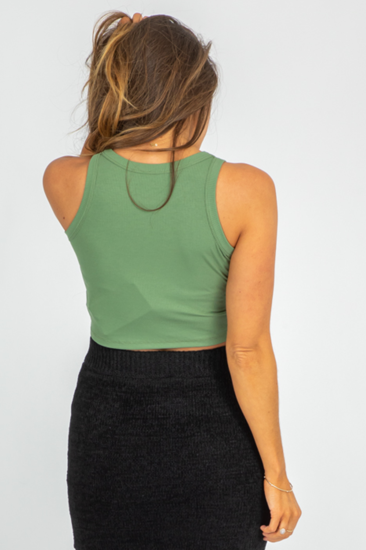 GREEN RIBBED HIGH-NECK TANK