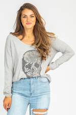 GREY RHINESTONE SKULL SWEATER