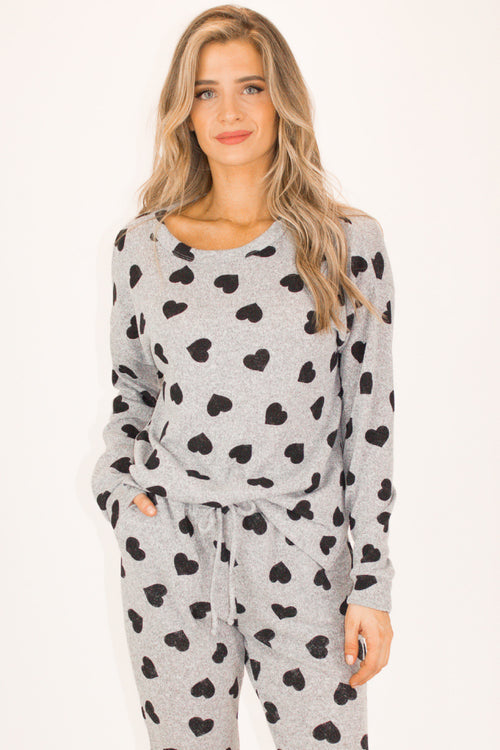 HEART PRINT PULLOVER