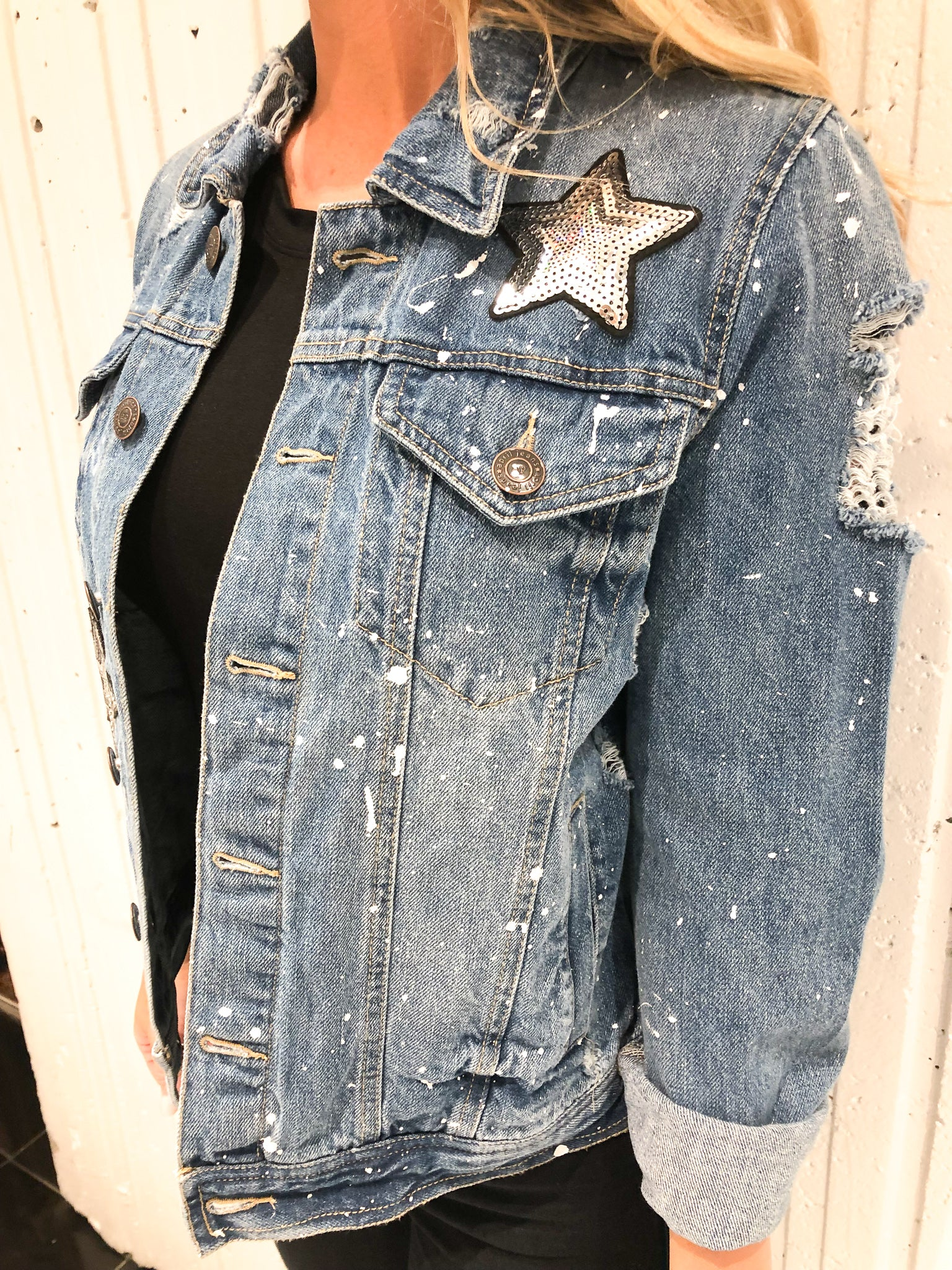 SEQUIN STAR PATCH DENIM JACKET