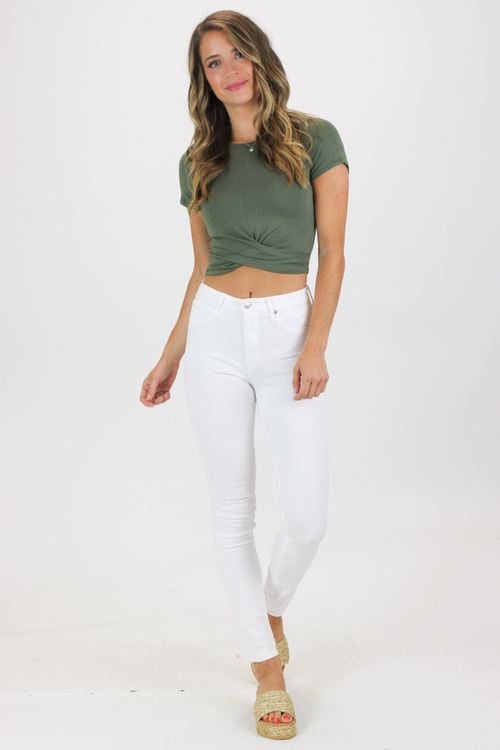 CROP TWIST FRONT TEE IN OLIVE