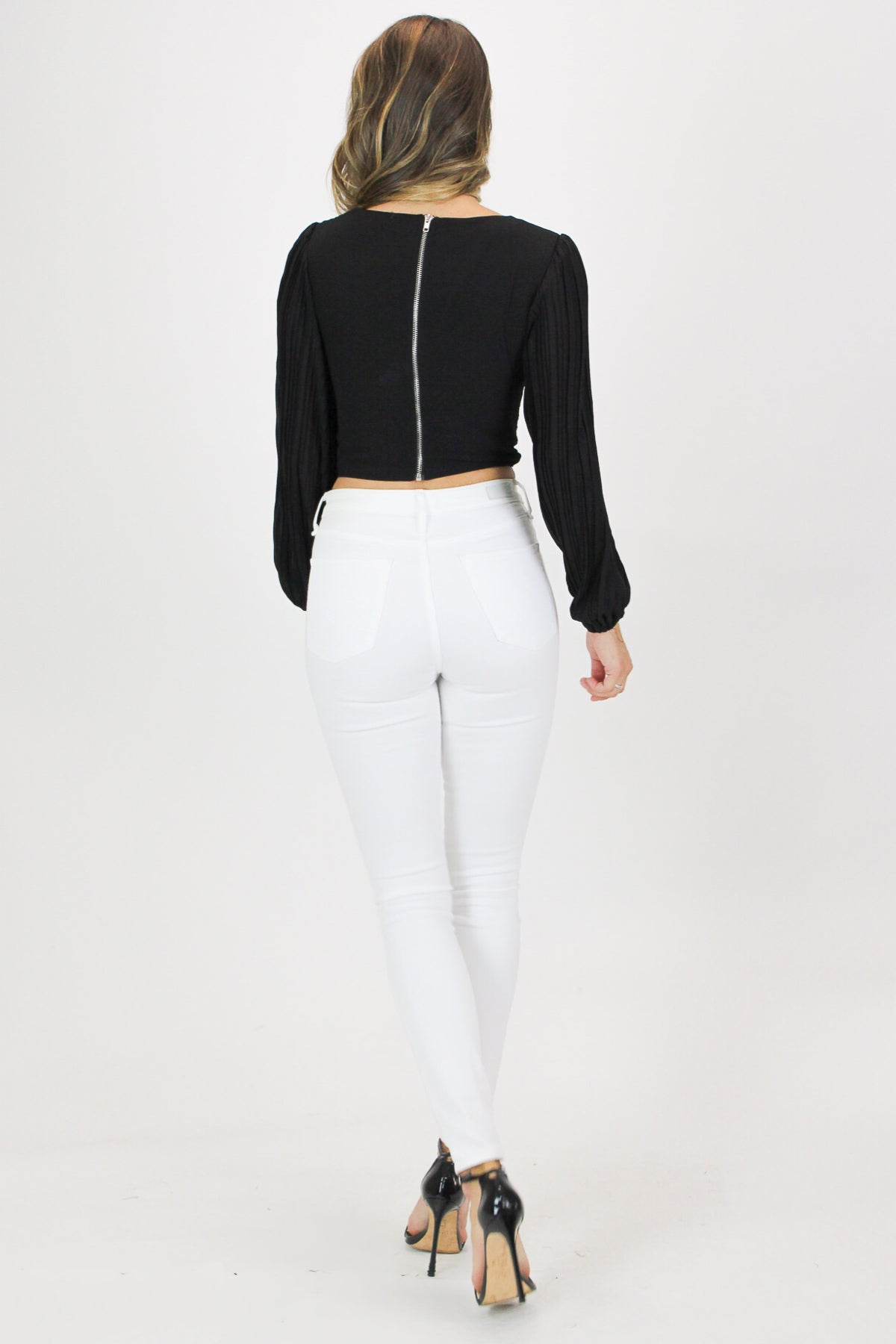 OPEN FRONT PLEATED CROP IN BLACK