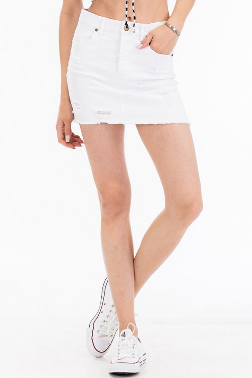 DISTRESSED DENIM SKIRT IN WHITE