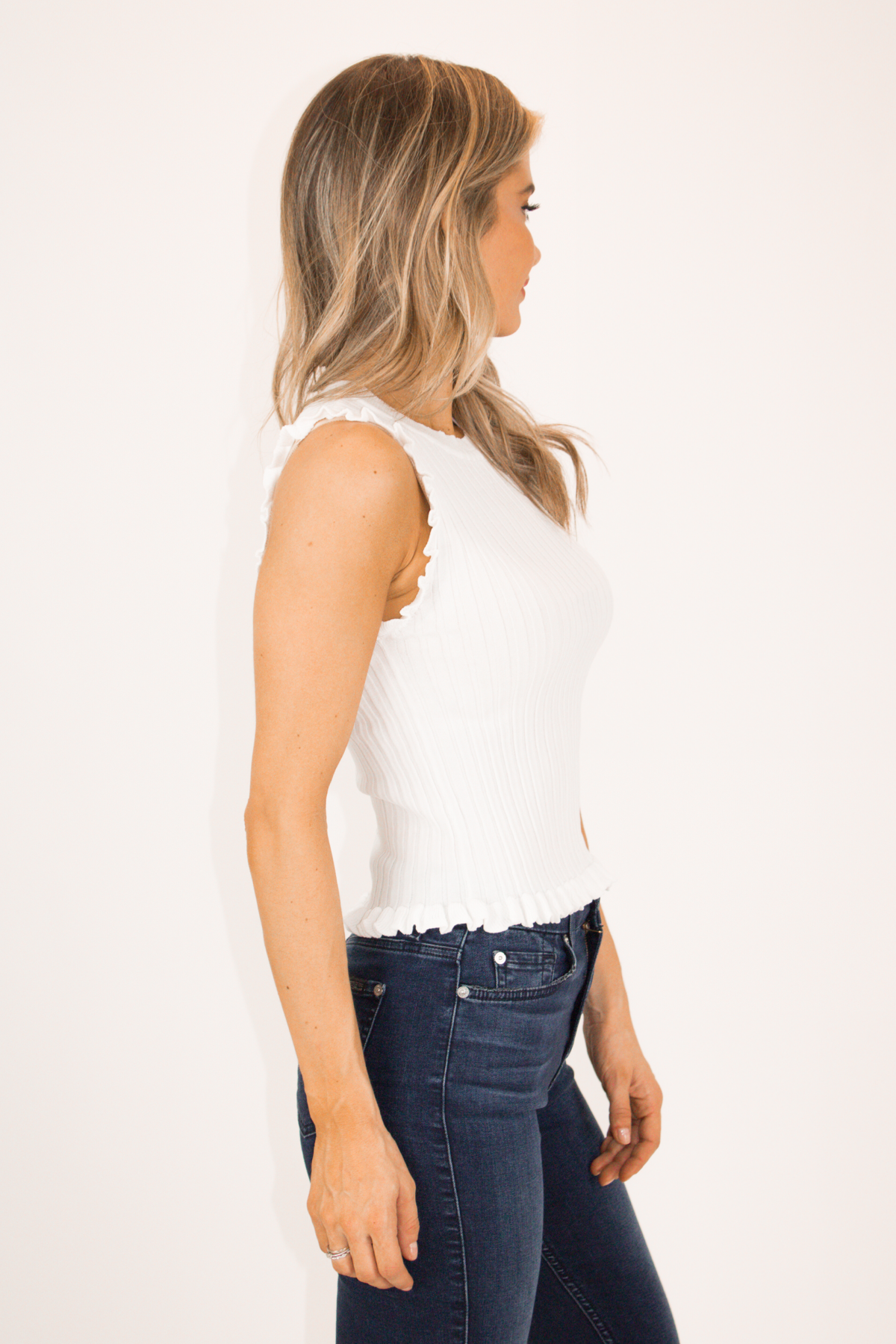 IVORY SLEEVELESS FRILL TOP