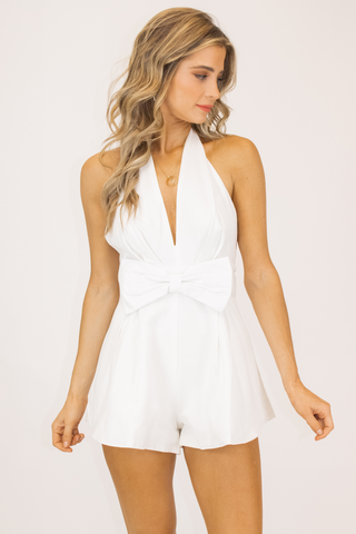 TWIST FRONT CROP TANK IN WHITE