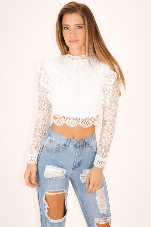 LACE + CROCHET LONG SLEEVE CROP IN WHITE