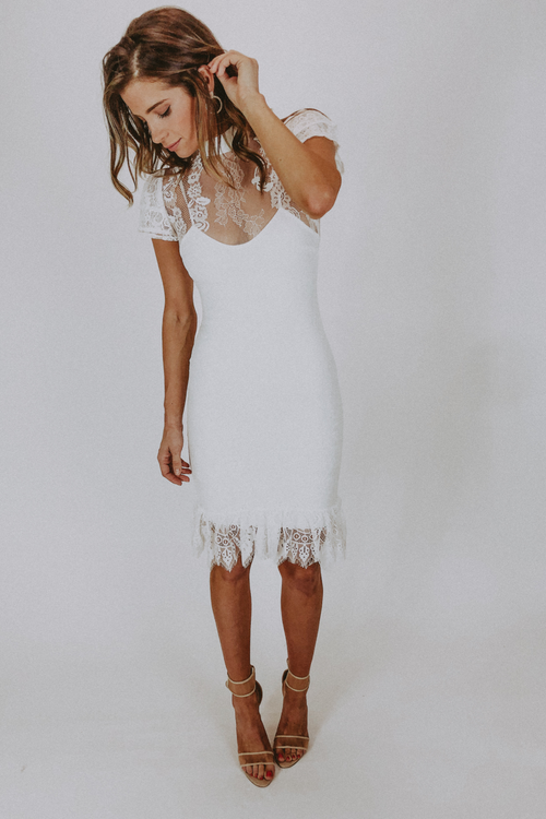 WHITE LACE SHORT SLEEVED MIDI DRESS / FINAL CLEARANCE