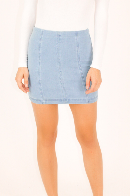 HIGH WAISTED LIGHT DENIM MINI SKIRT
