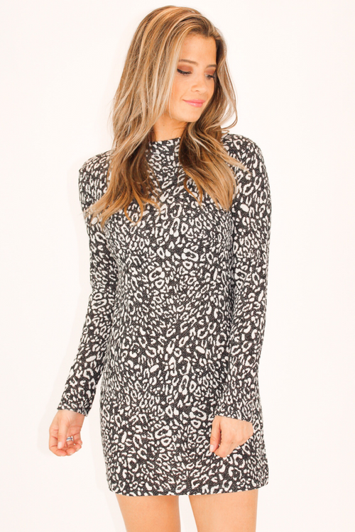 LEOPARD MOCK NECK KNIT DRESS IN BLACK