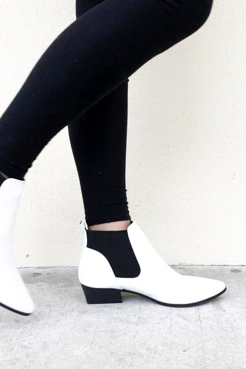 PURE WHITE BOOTIES
