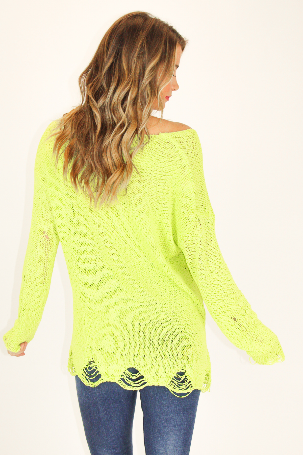 CANDY LIME DISTRESSED SWEATER