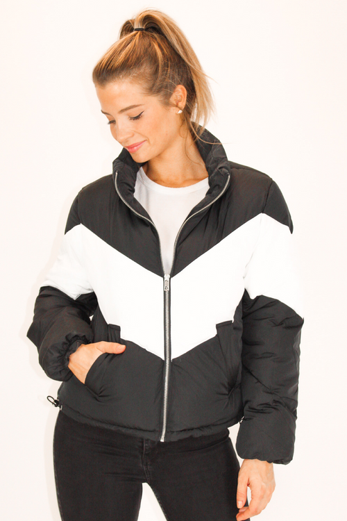 BLACK + WHITE COLORBLOCK PUFFER JACKET