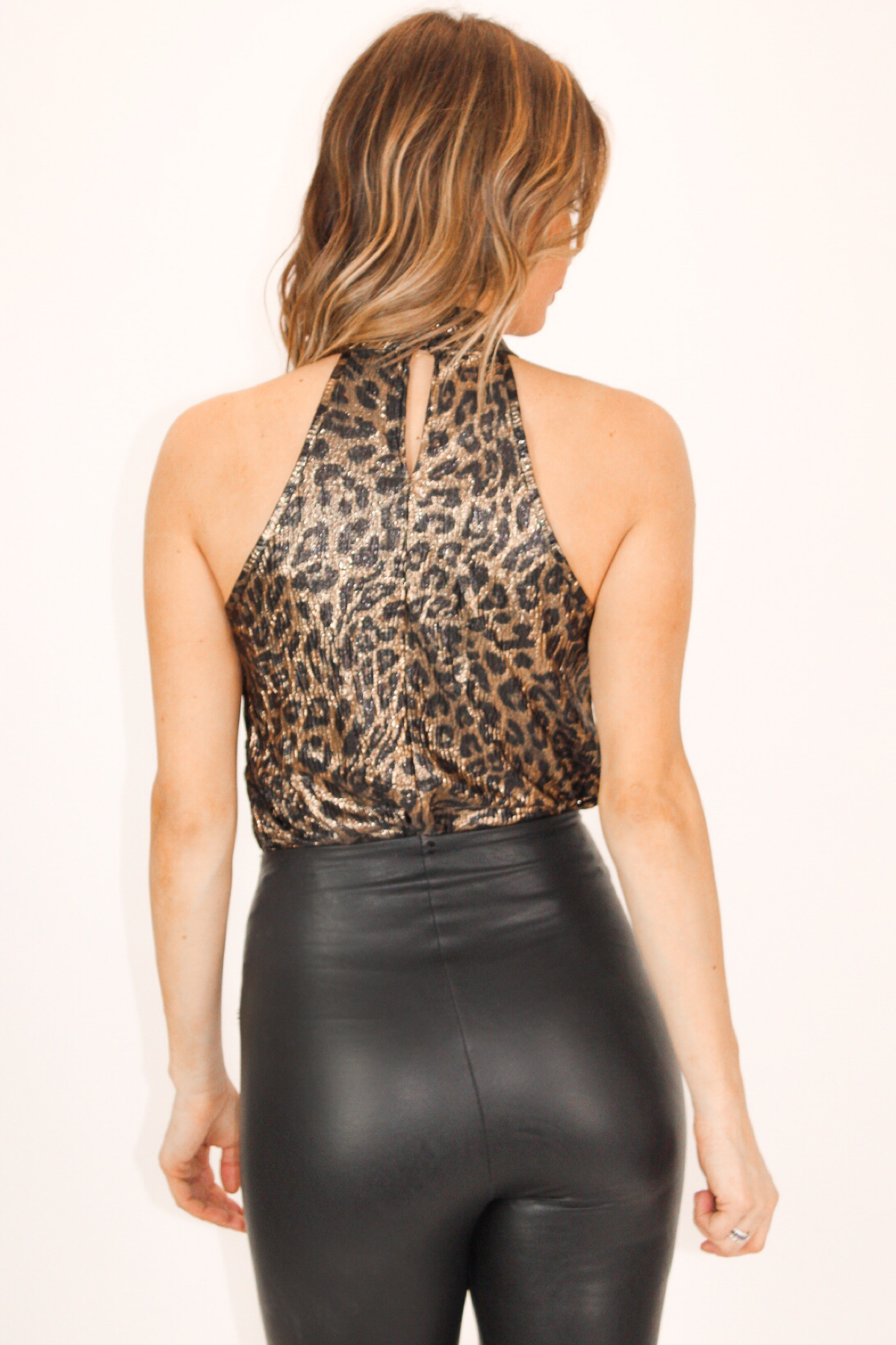 LEOPARD SHINE HALTER CROPPED TOP